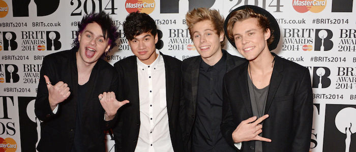 5 Seconds Of Summer Perform New Songs