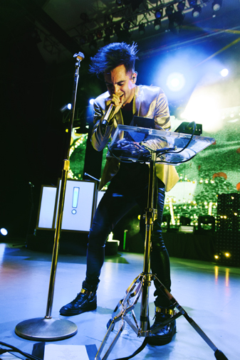 photo gallery panic at the disco walk the moon youngblood hawke highlight magazine. Black Bedroom Furniture Sets. Home Design Ideas
